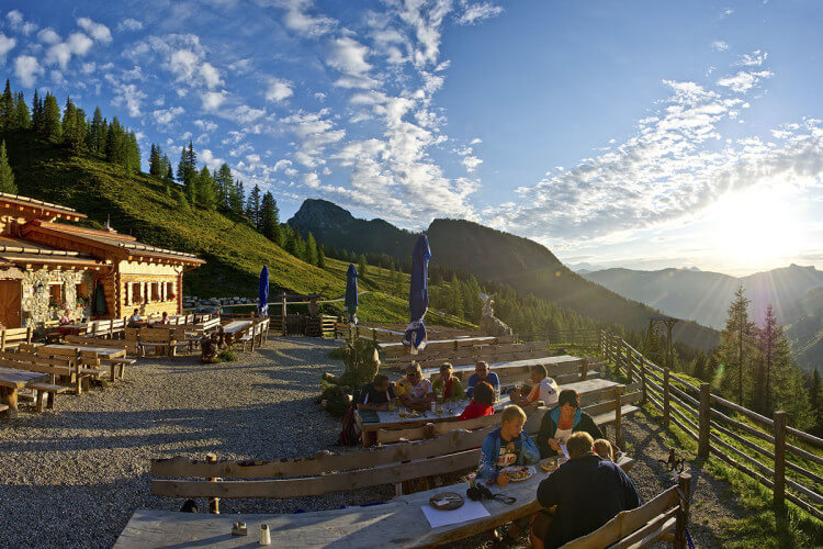 Ausflugsziel & Wandern in Großarl - Almhütte Loosbühelalm
